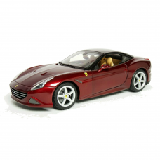 Ferrari California T 1/18 Bordô